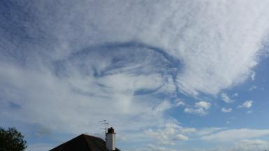 Fallstreak Hole cloud formation over Mosspark